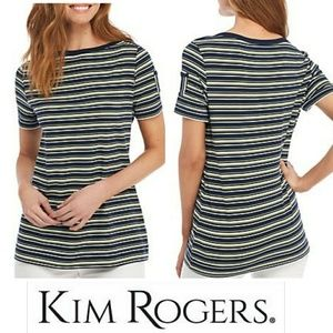 3/$15 👕Kim Rogers Striped Tee Gold Button